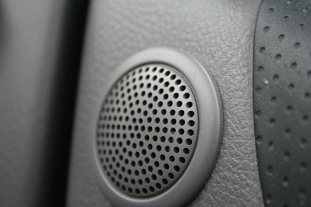 4 Key Factors To Consider Before Buying Stereo Speakers
